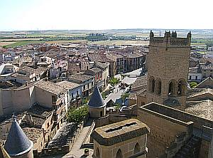 Die Kleinstadt Olite ist ein historisches Kleinod mit einem eindrucksvollen Palast.