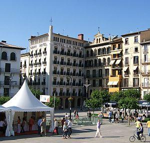 Im Hotel La Perla an der Plaza del Castillo war Hemingway jahrelang Stammgast.
