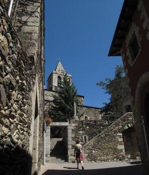 Der alte Ortskern findet sich rund um die Kirche Nuestra Señora de los Ángeles.