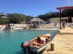 Stille Bucht mit Fischern: An der Playa Piskadero finden sich vorwiegend junge Meeresschildkröten ein.