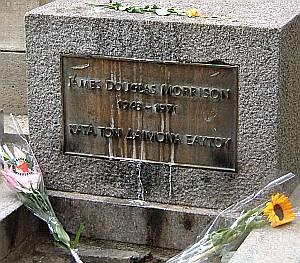 Immer noch eine Kultstätte für Fans: das Grab von Doors-Sänger Jim Morrison.