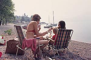 Ein Plätzchen am Wasser: Campingurlaub in den 70-er Jahren.